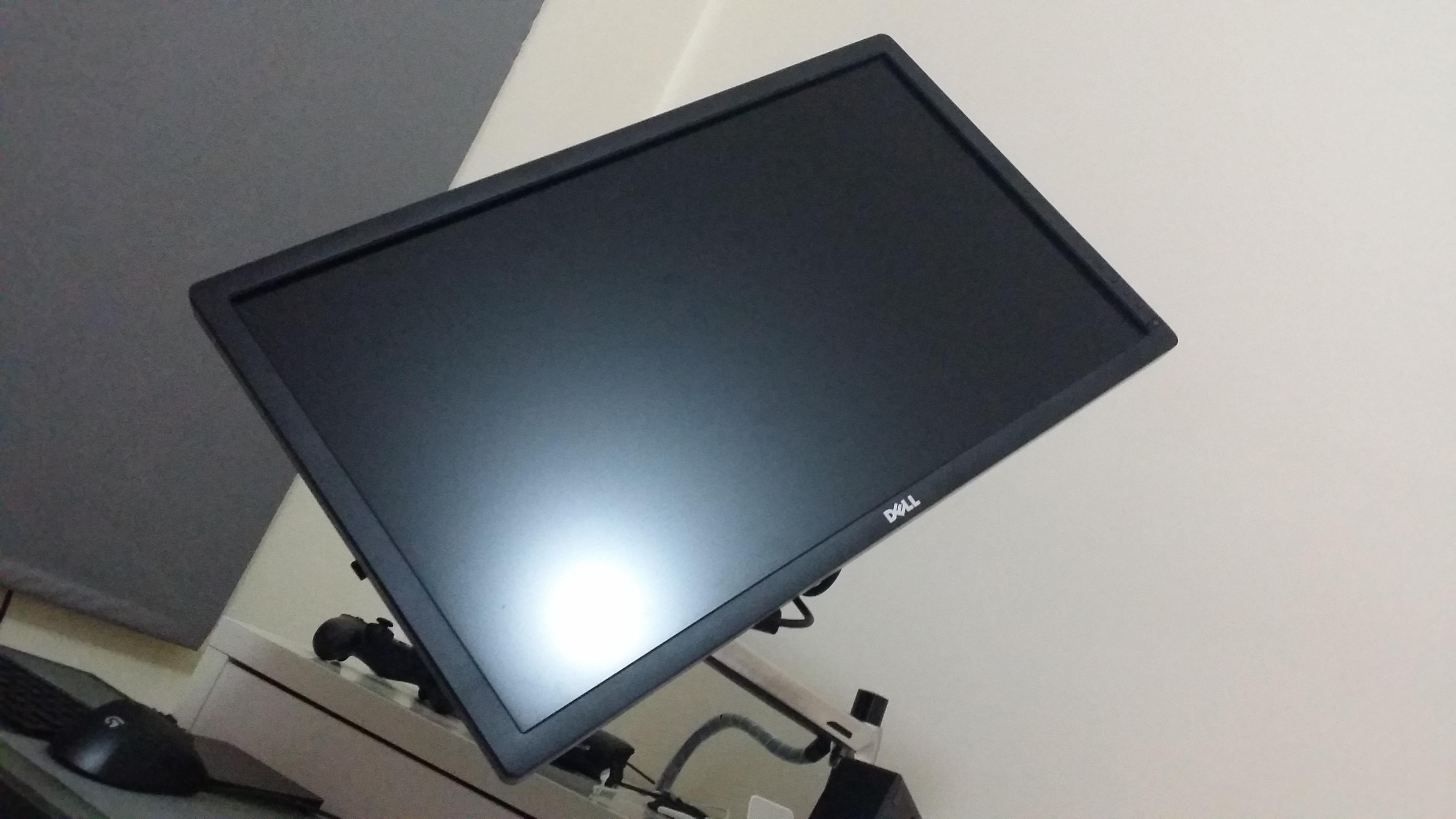 Dell U2713hm 27 Qwhd Monitor On Ergotron Lx Desk Mount